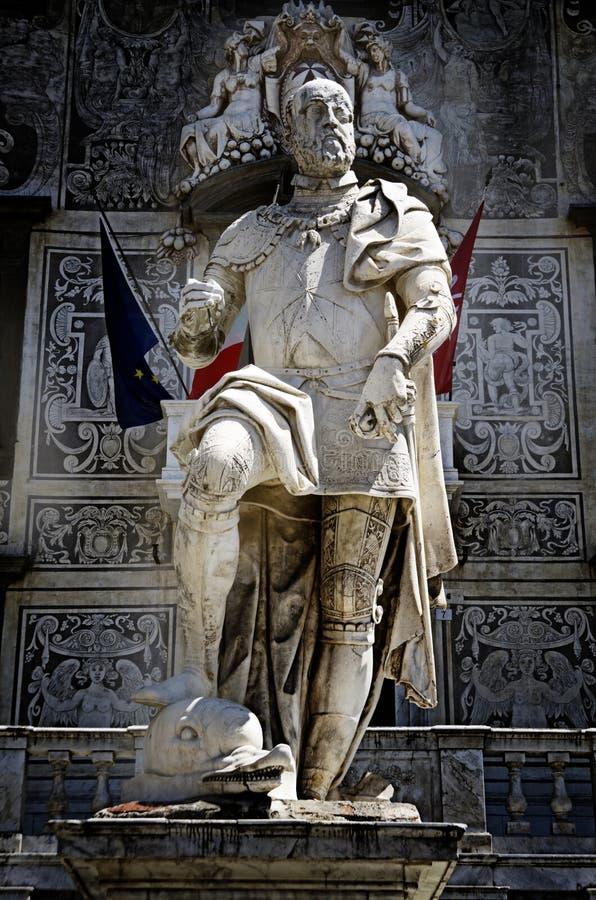 Statua del granduca della Toscana-Cosimo a Pisa, Italia fotografia stock