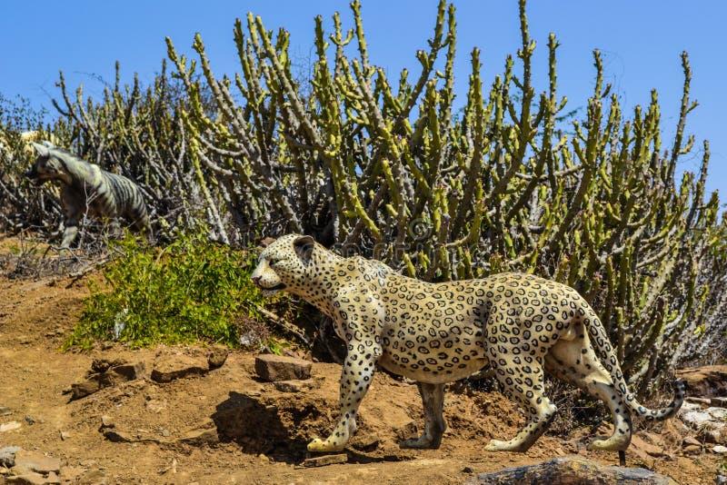 Statua del leopardo, Rann di Kutch fotografia stock