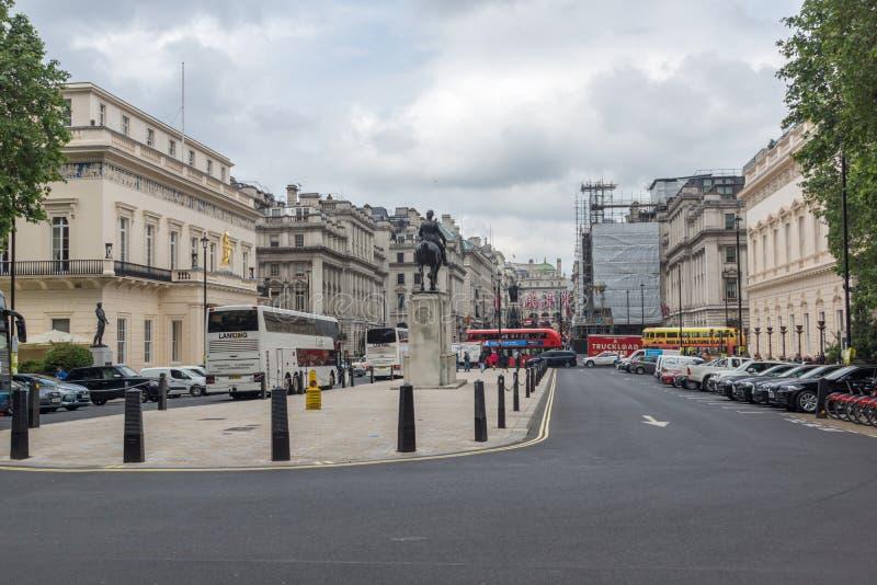 Statua del memoriale di Edward VII in città di Londra, Inghilterra, Gran Bretagna fotografia stock