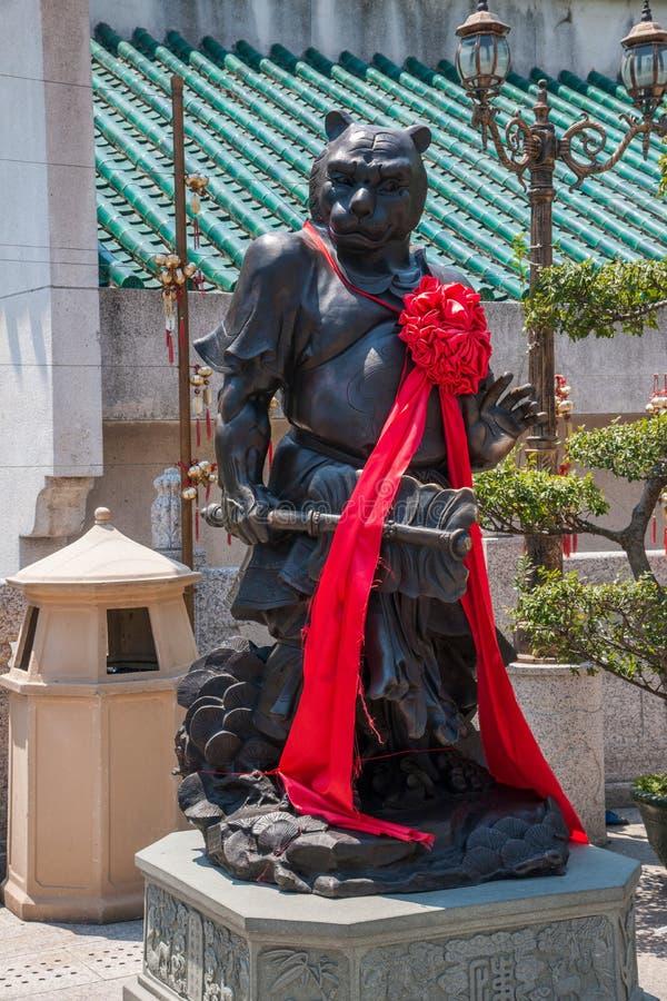 Statua del rame di Wong Tai Sin Temple Zodiac immagine stock