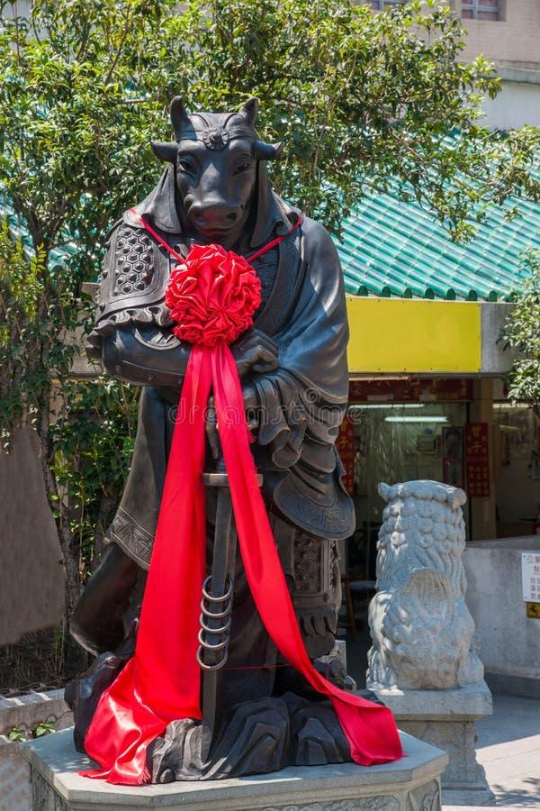 Statua del rame di Wong Tai Sin Temple Zodiac fotografie stock