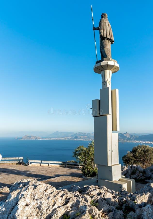 Statua del san Rosalia in Monte Pellegrino, Palermo, Sicilia immagine stock
