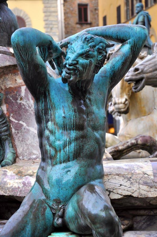 Statua del Satyr a Firenze, Italia   immagini stock