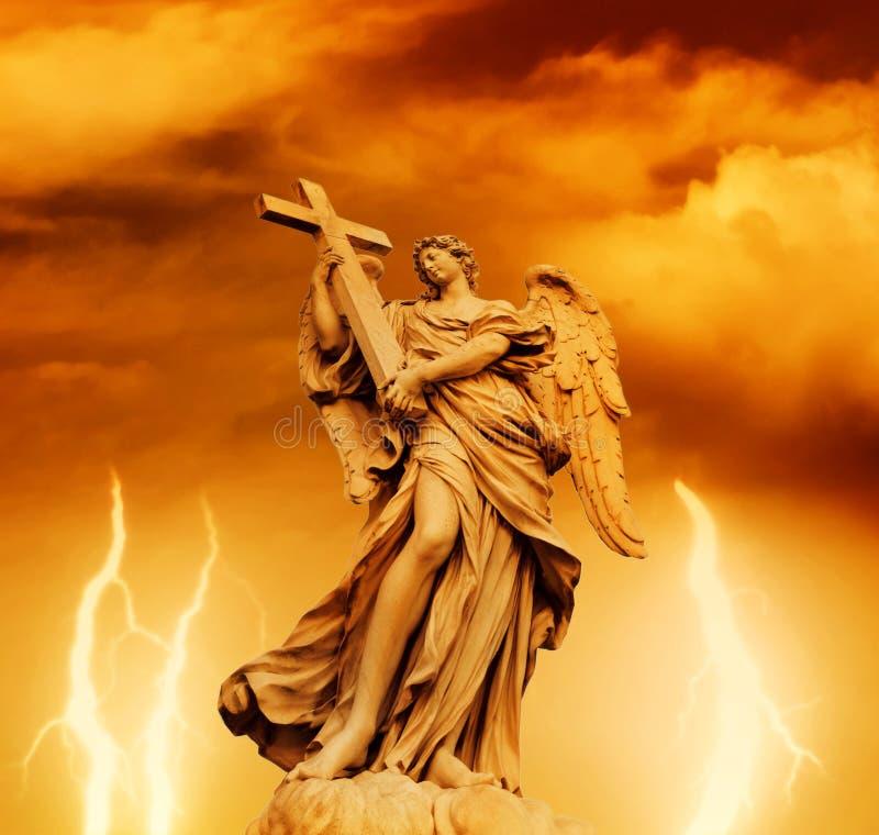 Statua dell'angelo fotografie stock libere da diritti