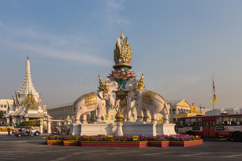 Statua dell'elefante rosa, Bangkok, Tailandia fotografia stock