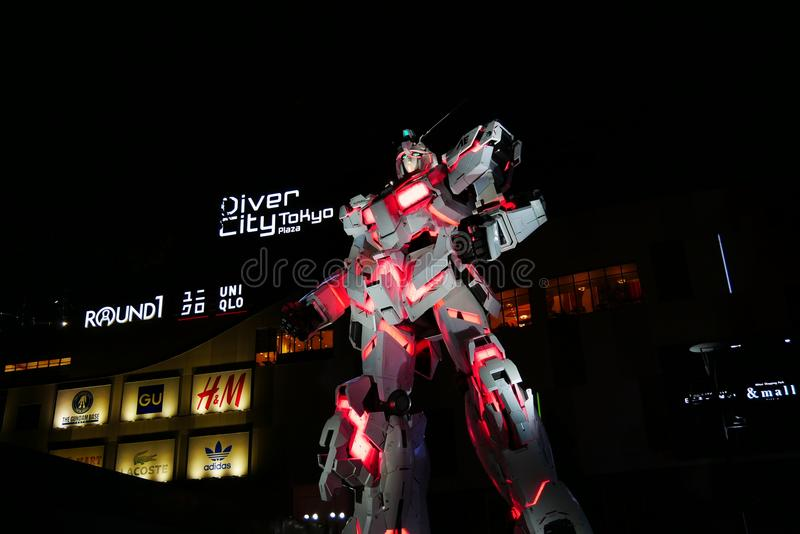 Statua dell'unicorno di Gundam in Odaiba immagine stock