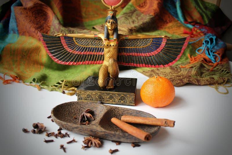 Statua della dea egiziana Eset immagine stock libera da diritti