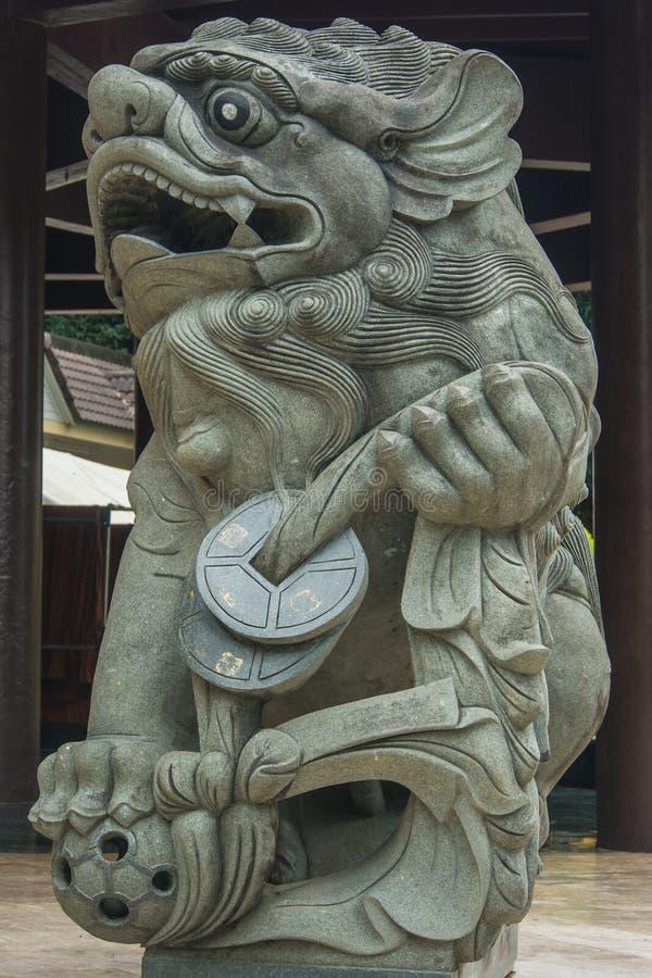 Statua della guardia del leone fotografia stock