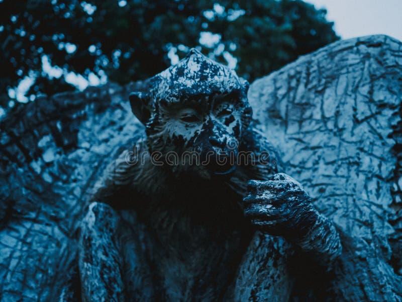 Statua della scimmia immagini stock libere da diritti