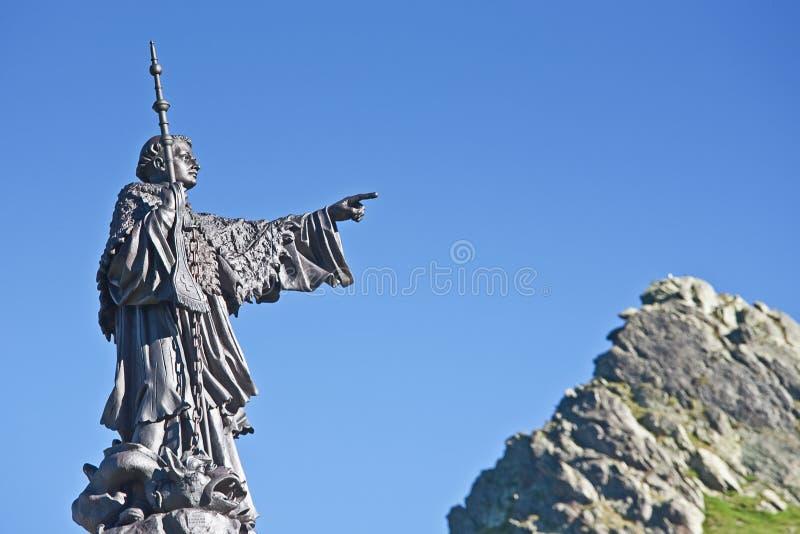 Statua della st Bernard fotografia stock libera da diritti