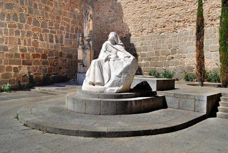 Statua della st Teresa a Avila (Spagna) fotografie stock