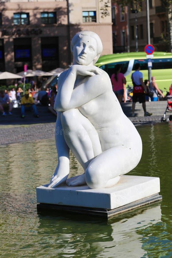 Statua delle donne - Barcellona immagini stock libere da diritti