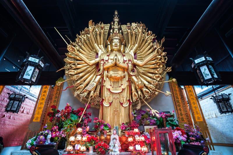 Statua delle mille mani Guanyin fotografie stock