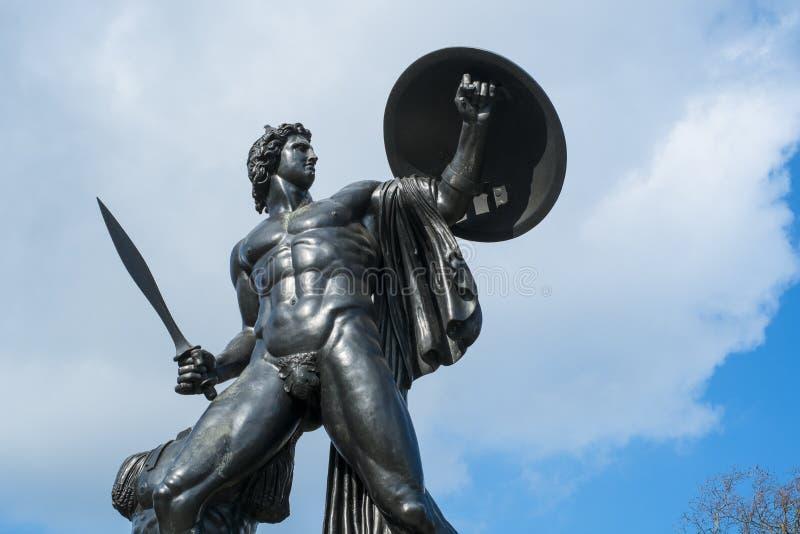 Statua di Achille in Hyde Park, Londra fotografie stock libere da diritti