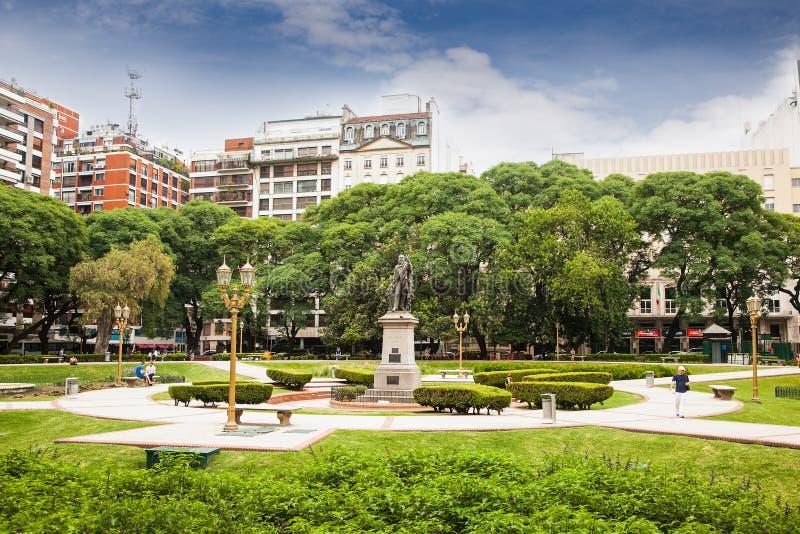 Statua di Adolfo Alsina alla plaza Libertad, Bueno Aires, Argentina fotografia stock