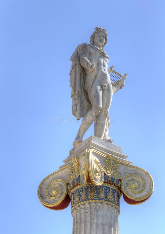 Statua di Apollo dall'accademia di Atene fotografia stock libera da diritti