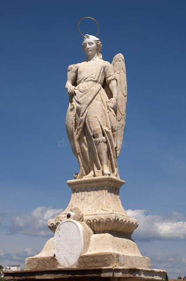 Statua di arcangelo di San Rafael fotografia stock libera da diritti