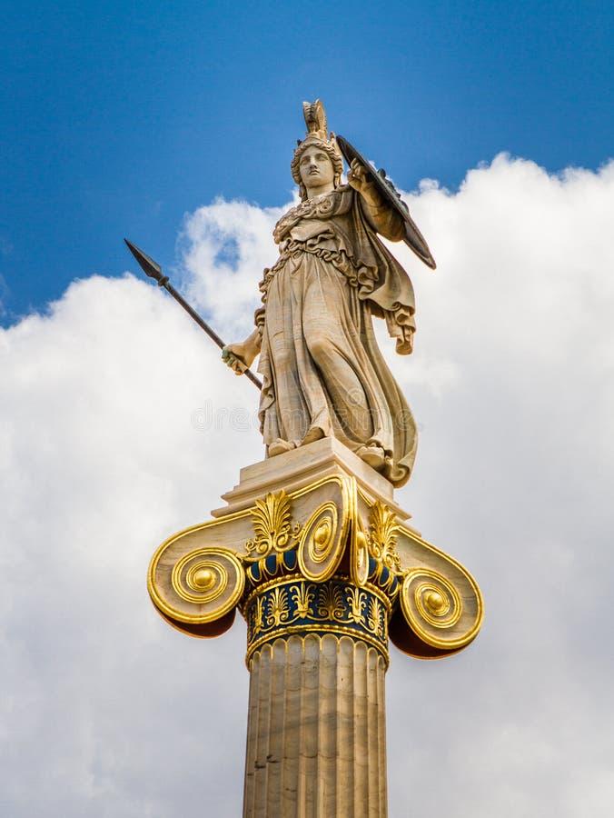Statua di Atena dall'accademia di Atene immagini stock