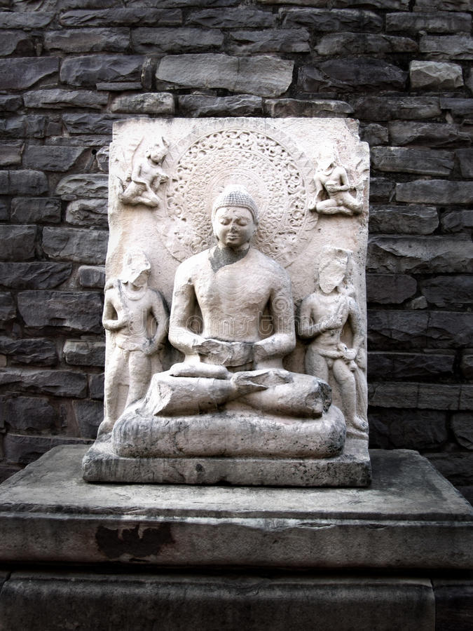 Statua di Buddha allo stupa di sanchi, India immagini stock libere da diritti