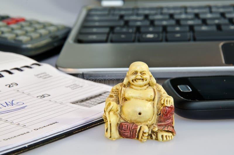 Riduzione di stress da lavoro dell 39 ufficio fotografia for Mobili ufficio stock