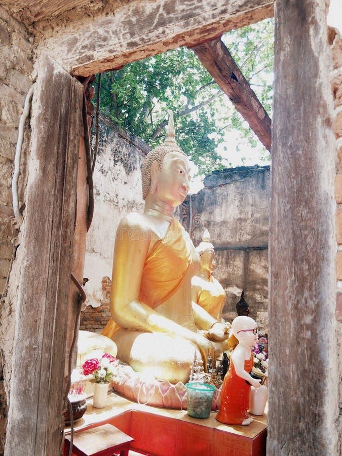 Statua di Buddha degli oggetti d'antiquariato fotografia stock libera da diritti