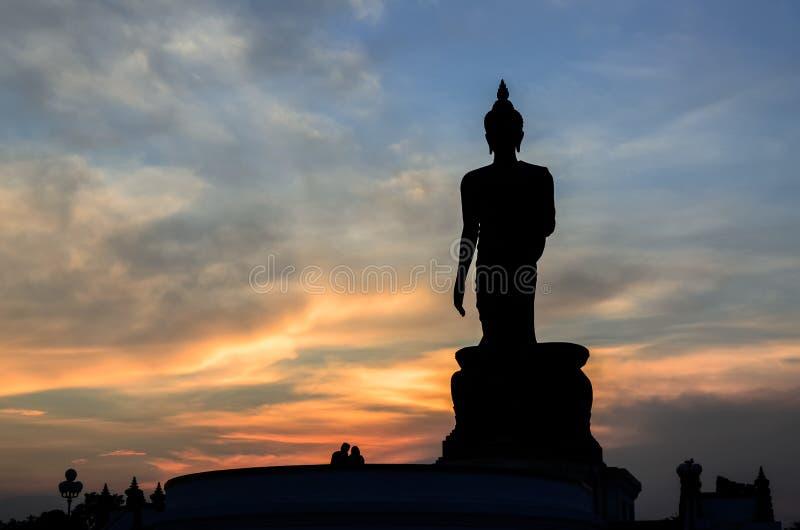 Statua di Buddha della siluetta immagini stock libere da diritti