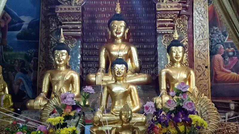 Statua di Buddha di sorriso immagini stock