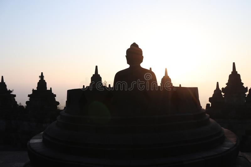 Statua di Buddha in tempio di Borobudur a Yogyakarta, Java, Indonesia immagine stock libera da diritti