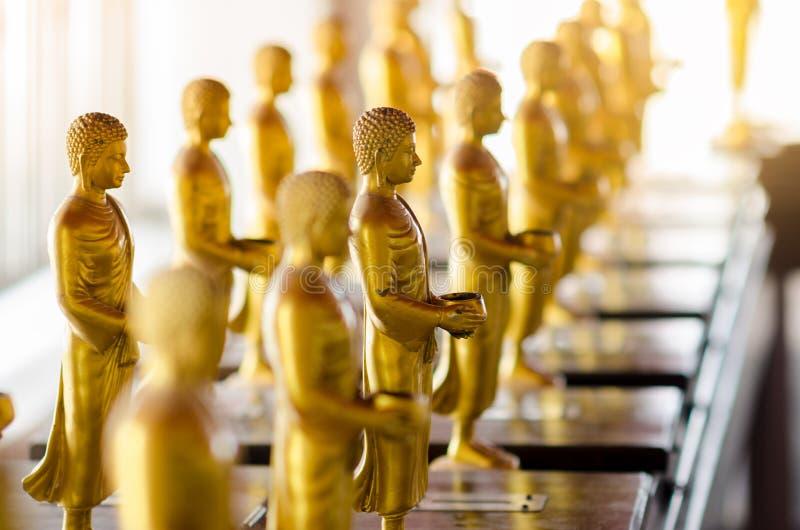 Statua di Buddha usata come amuleti della religione di buddismo fotografia stock libera da diritti