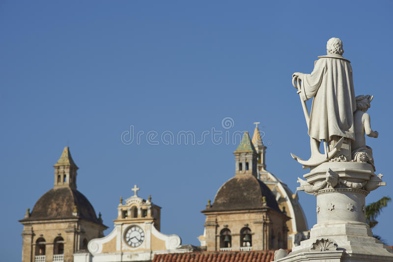 Statua di Christopher Columbus a Cartagine de Indias fotografia stock libera da diritti