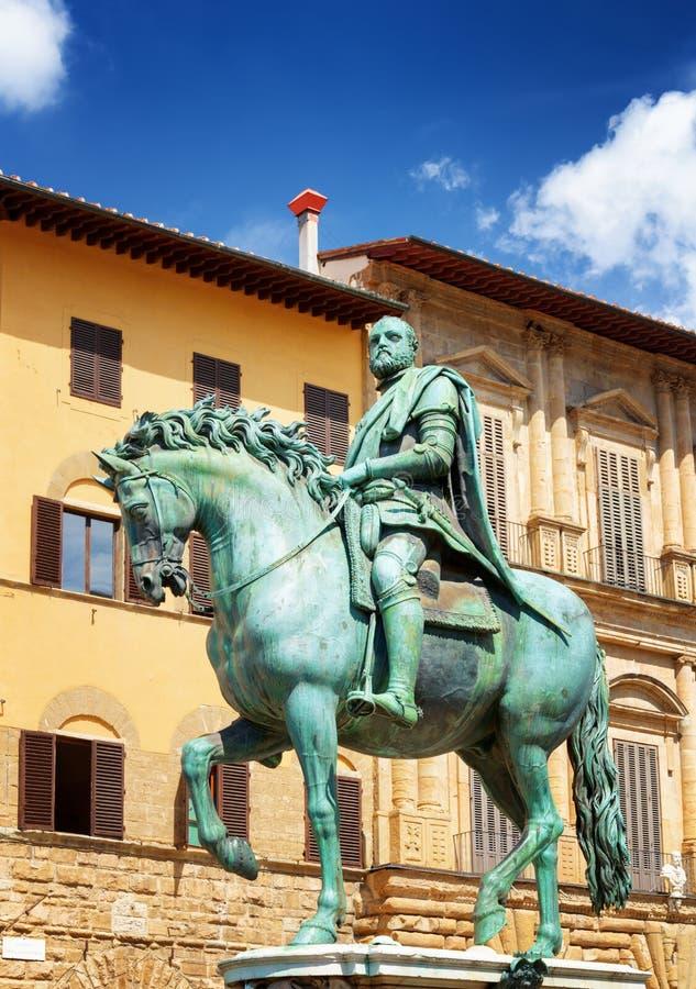 Statua di Cosimo I Medici sul della Signoria, Firenze della piazza fotografie stock libere da diritti