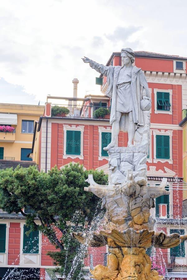 Statua di Cristoforo Colombo nella città di Santa Margherita Ligure immagini stock libere da diritti