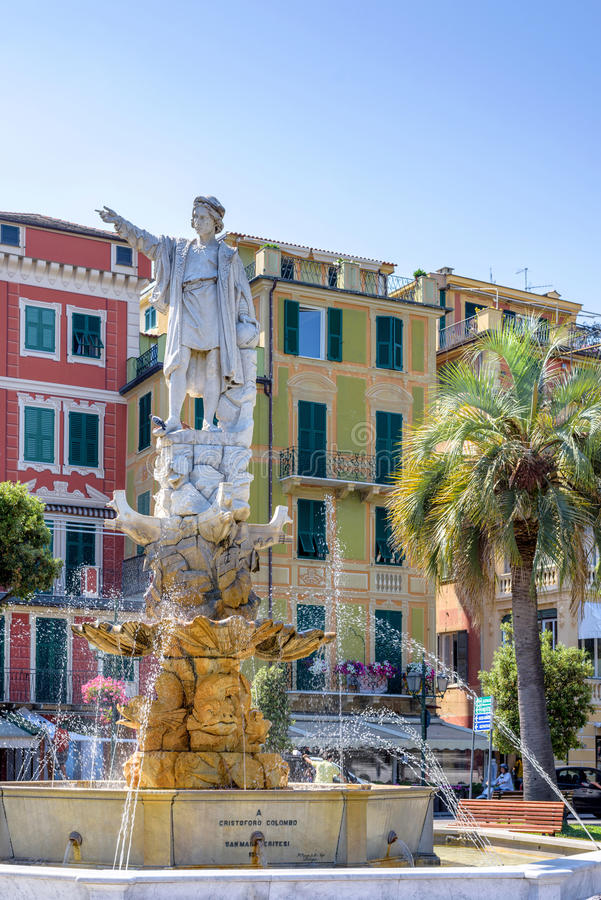 Statua di Cristoforo Colombo nella città di Santa Margherita Ligure immagine stock libera da diritti