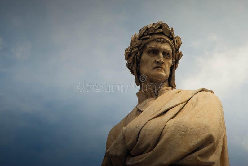 Statua di Dante in Di Santa Croce, Firenze, Italia della piazza fotografia stock libera da diritti