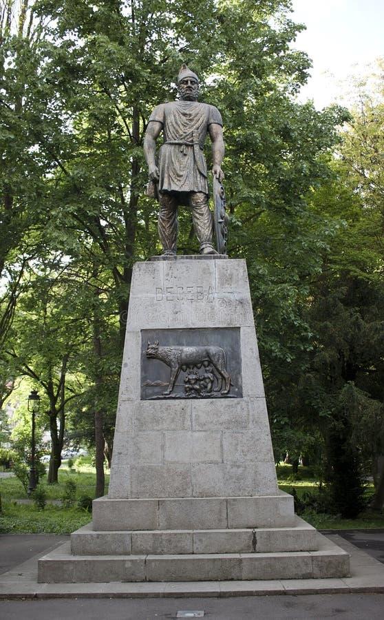 Statua di Decebal in Deva fotografia stock libera da diritti