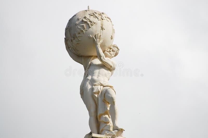 Statua di Dio dell'atlante fotografia stock