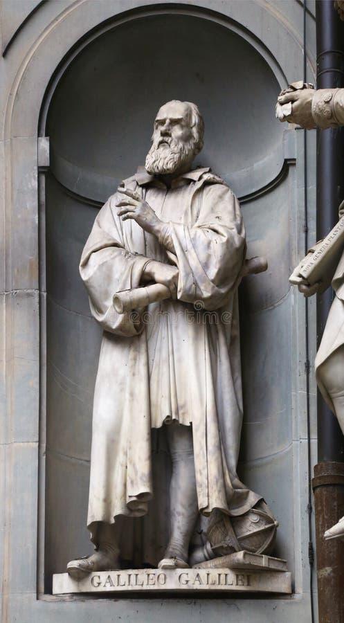 Statua di Galileo Galilei a Firenze fotografia stock libera da diritti