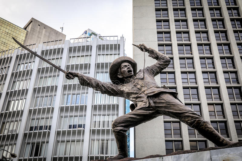 Statua di generale Pio Del Pilar al viale di Makati fotografia stock