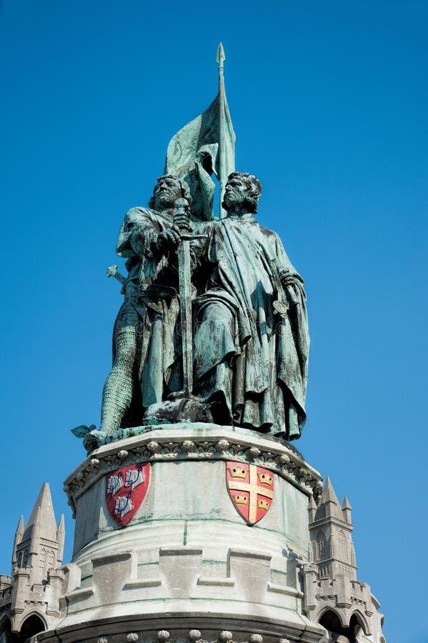 Statua di Jan Breydel e di Pieter de Coninck fotografie stock libere da diritti