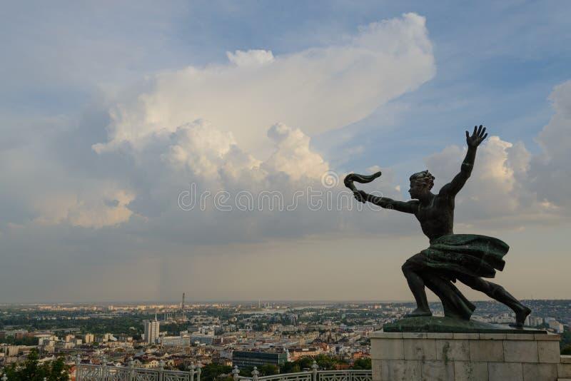 Statua di libertà a Budapest fotografie stock libere da diritti