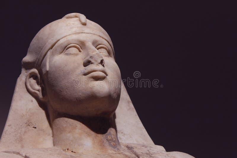 Statua di marmo di Dio Osiris dell'Egiziano fotografia stock
