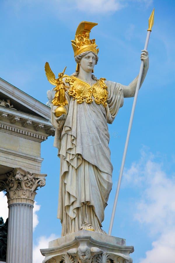 Statua di Pallas Athena a Vienna fotografia stock