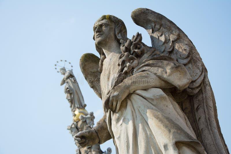 Statua di pietra di Angel Gabriel immagine stock libera da diritti
