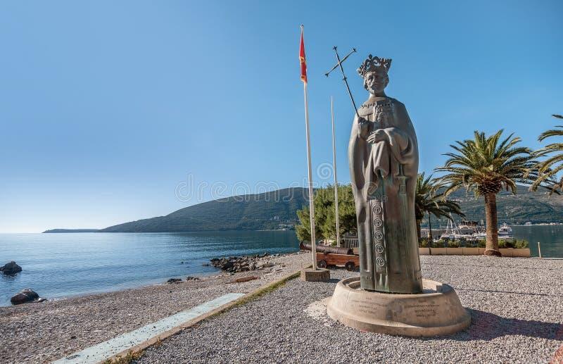 Statua di re Stephen Tvrtko I in porto di Castelnuovo, Monten fotografia stock libera da diritti