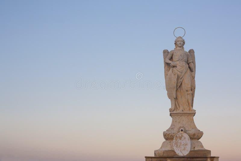 Statua di San Rafael Archangel, Cordova, Spagna fotografie stock libere da diritti