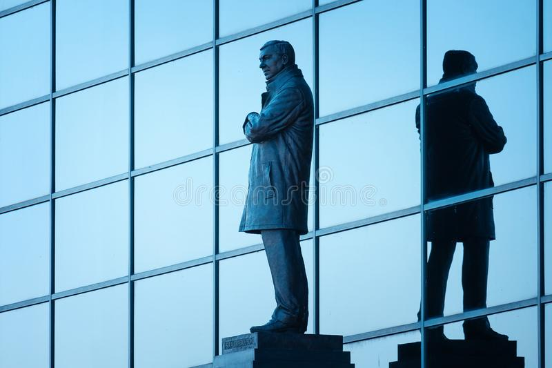 Statua di Sir Alex Ferguson Bronze al vecchio stadio di Trafford a Manchester, Regno Unito fotografia stock