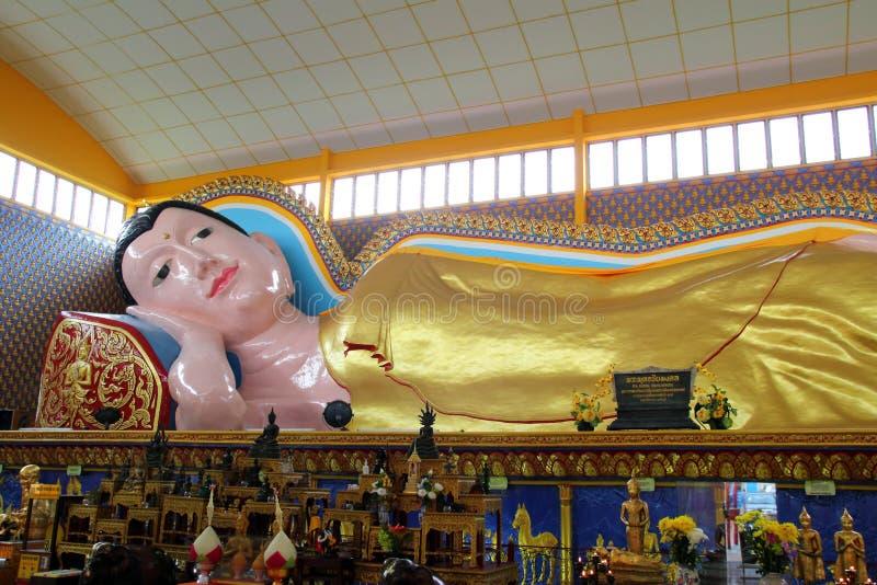 Statua di sonno Buddha fotografia stock libera da diritti