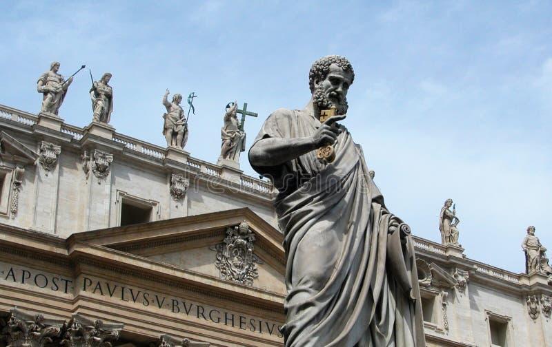 Statua di St Peter a Città del Vaticano, Italia immagine stock libera da diritti