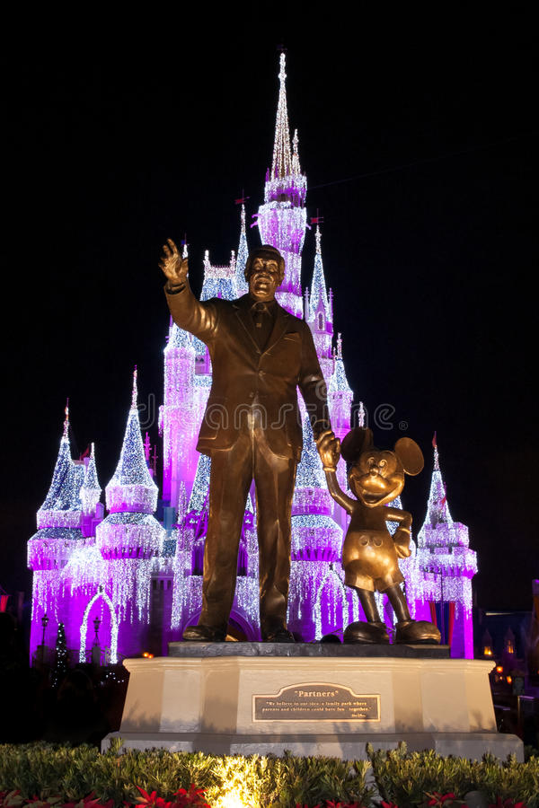 Statua di Walt Disney World Partners immagini stock