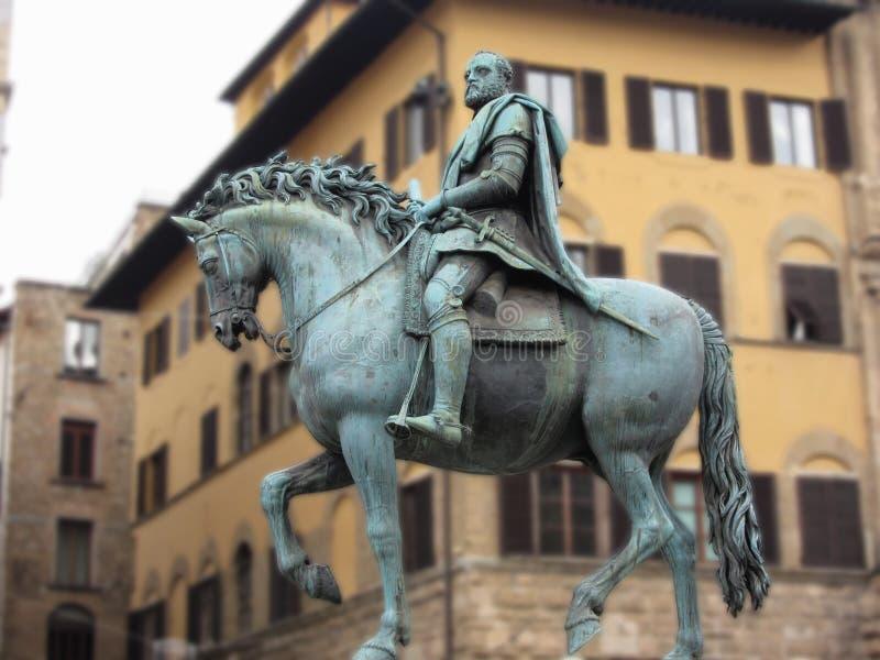 Statua equestre di Cosimo de Medici in della Signoria, Firenze, Italia della piazza fotografia stock